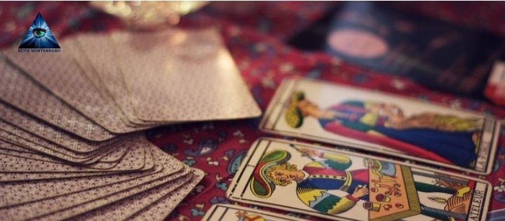 Leer el Tarot por Ruth Montenegro - Leer el Tarot